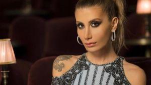 Şarkıcı İrem Derici'den Harbiye konseri öncesi küfür skandalı